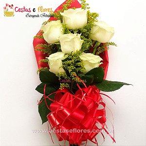 Buque com 06 Rosas Brancas Nacionais
