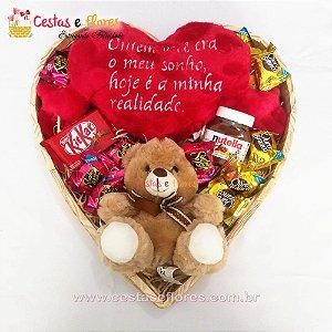 Coração Grande de Chocolates + NUTELA + Coração de Pelúcia + Urso de Pelúcia