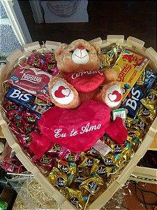 SUPER Coração Pelúcia + Chocolates - GIGANTÃO