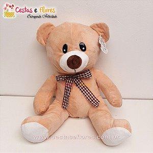 Urso de Pelúcia Creme - 30 cm Altura
