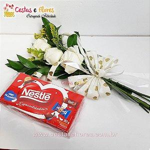 Arranjo de 03 Rosas Brancas + Caixa de Bombons