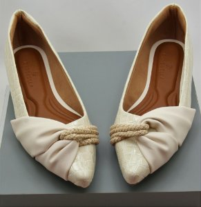 POINTED HALF LACE - CROCO OFF WHITE