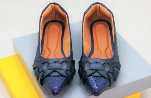 POINTED ELOS - CROCO BLUE