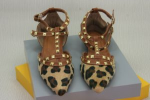 POINTED VALENTINO INSPIRED - LEOPARDO
