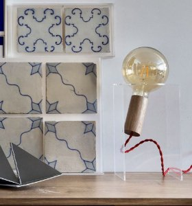 Luminária de Mesa Bauhaus