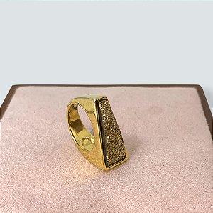 Anel abstrato pedra dourada semijoia