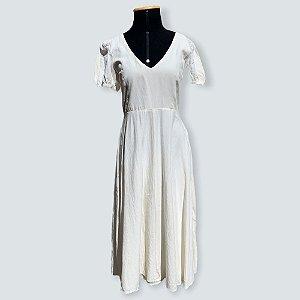 Vestido off white em linho zara