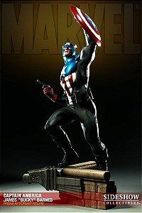 "Captain América James ""Bucky"" Barnes Premium Format EXCLUSIVE"