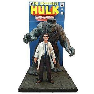 Master Replica Comic Book Incredible Hulk