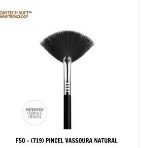 PINCEL F50 DAYMAKEUP -  PINCEL VASSOURA NATURAL