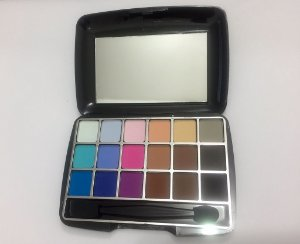 Paleta de Sombras Standard Luisance c/18 cores L012 B