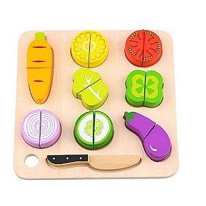 Brincando de Cortar Vegetais Tooky Toy