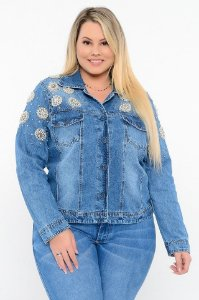 JAQUETA JEANS BORDADA PLUS SIZE