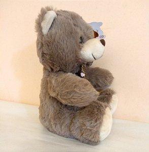 urso de pelucia marrom claro 24cm de altura