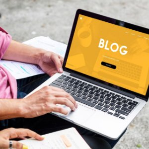 Blog Informativo com 4 Postagens