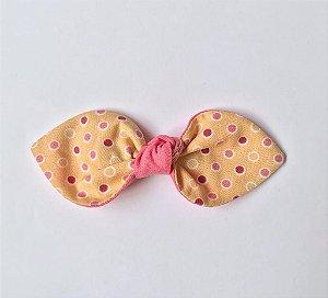 laço rosa com estampa amarela e poá rosa