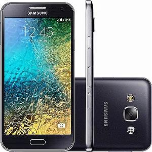 "Smartphone Samsung Galaxy E5 4G Duos Dual Chip, Tela 5"" Hd Amoled, Android 4.4, Câmera 8Mp - E500M"