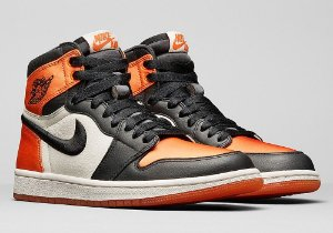 Tênis Air Jordan 1 Retro High OG Satin Shattered Backboard