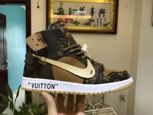 Tênis Air Jordan 1 x OFF-WHITE x Louis Vuitton