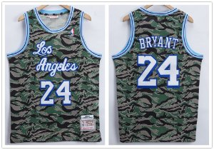 Camisa de Basquete Los Angeles Lakers Retrô Camuflada - 24 Kobe Bryant