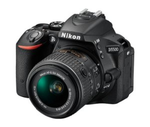 Câmera Digital Nikon D5500 Wi-Fi 24.2MP Vídeo Full HD + Kit Lente 18-55mm VR