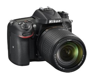 Câmera Digital Nikon D7200 Wi-Fi 24.2MP Vídeo Full HD + Kit Lente 18-140mm VR