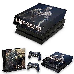 KIT PS4 Fat Skin e Capa Anti Poeira - Dark Souls 2