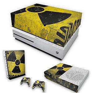 KIT Xbox One S Slim Skin e Capa Anti Poeira - Radioativo