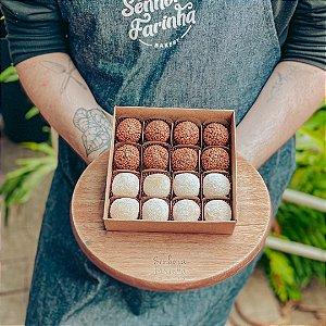 Caixa 16 Brigadeiros - Mista Ninho e Chocolate Belga