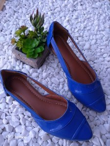 Sapatilha Bico Fino Azul Royal em Napa com abertura na lateral