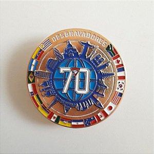 PIN GIRATÓRIO 70 ANOS DOURADO