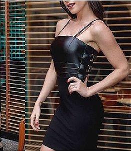 Vestido Miss, saia justa