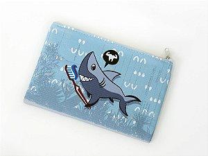 Necessaire envelope tubarão