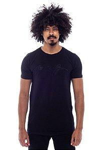 Camiseta Long Winter Face Alto Relevo Preta