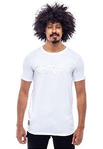 Camiseta Long Winter Face Alto Relevo Branca