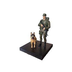 Boneco Soldado Exército Brasileiro Cachorro (Cães de Guerra)