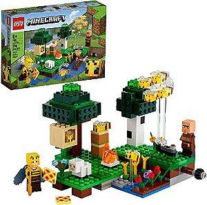 Kit de construção LEGO® Minecraft™ Fazenda de abelhas (238 peças)