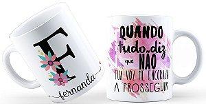 Caneca Floral Alfabeto Letra F