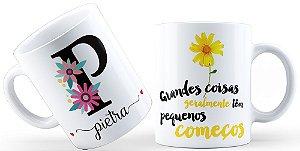 Caneca Floral Alfabeto Letra P