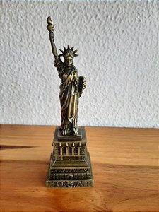 Estatua da Liberdade Decorativa 4,5x4,5x15,5cm