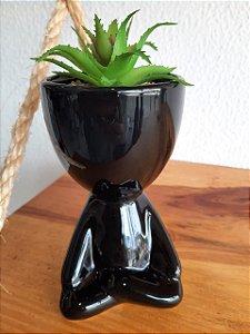 Vaso Cachepot Bob Meditando com Planta Preto 7x7x15cm