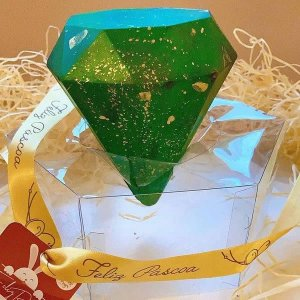 Forma para Chocolate com Silicone Ovo Diamante 500g Ref. 852 BWB 1unid