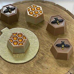 Forma para Chocolate com Silicone Mini Pão de Mel Colméia 50g Ref. 9988 BWB 1unid