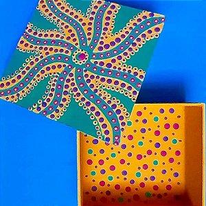 Caixa quadrada em MDF pintada a mão