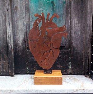 Coração ferro base madeira M
