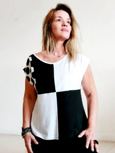 Blusa Retalhos Coloridos preto e branco