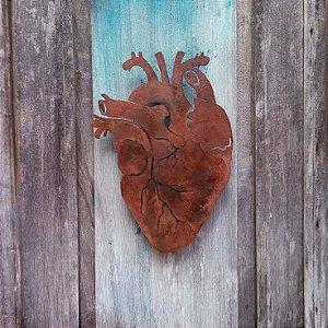 Coração de ferro recorte - parede - médio