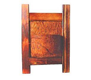 Vaso Artesanal Rústico de Parede Vertical - Madeira e Fibra de Coco - 35 x 50cm