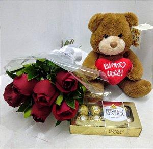Ursinho ,6 rosas e ferrero