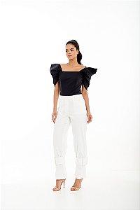 Blusa Feminina com Shape Ajustado ao Corpo
